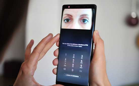 samsung galaxy s9 vs iphone x face recognition
